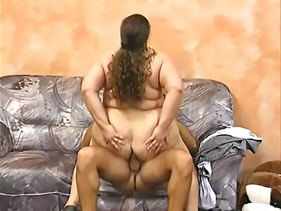 BBW Spanish Devotee does anal